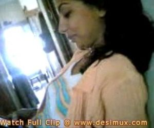 desi girl home scandal - 1..
